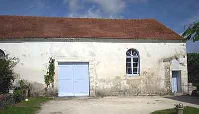 extérieur actuel de la maison de prière d'Avallon