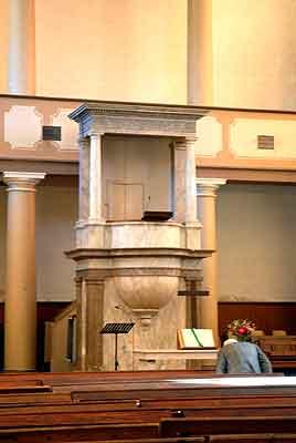 la chaire du temple ERF de St Jean du Gard